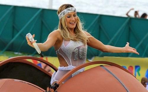 Claudia Leitte (Carnaval Salvador).jpg