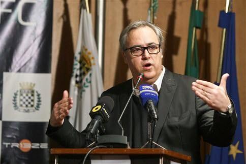 João Loureiro aa.jpg