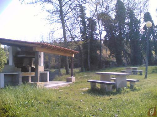 Parque de merendas de Maiorca com churrasqueira