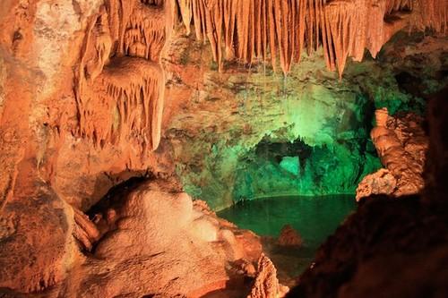 os-melhores-lugares-para-visitar-em-portugal-gruta