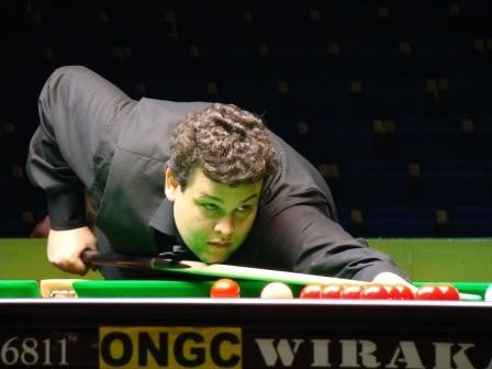 igor-figueiredo-playing-snooker.jpg