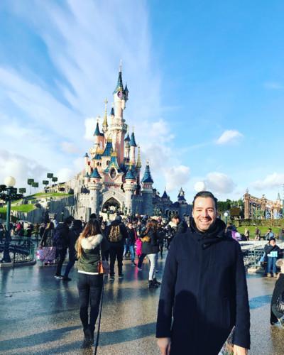 Nuno Matos Cabral na Disneyland Paris.JPG