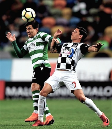 lisbon-april-23-2018-marcos-acuna-l-of-sporting-67