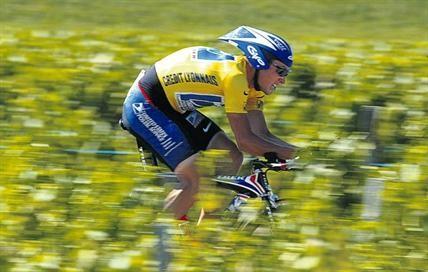 Lance Armstrong, um ídolo com pés de barro