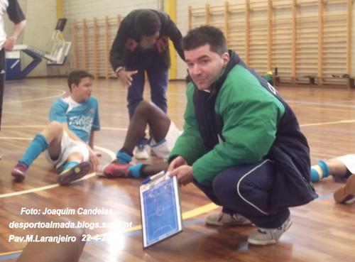 O técnico Paulo Mendes, que conduziu o C.R.Piedense ao titulo distrital de Futsal