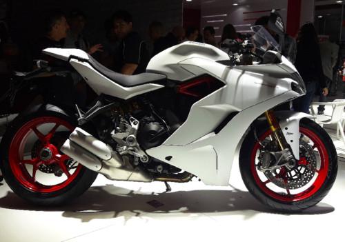 Ducati SuperSportS.jpg