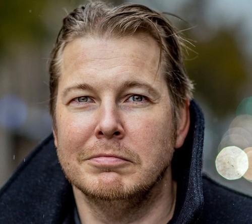Fredrik Backman.jpg