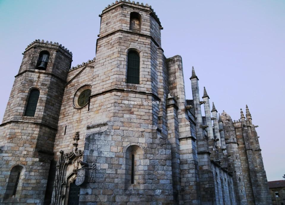 Catedral da Guarda - perspetiva - HS.jpg