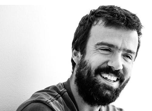 Segundo álbum de Miguel Araújo chega «antes do verão»