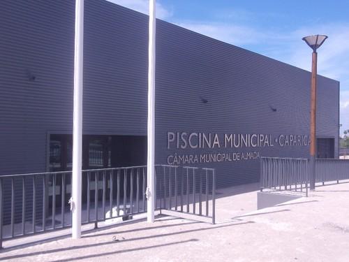 Piscina Municipal de Caparica.foto:JCandeias