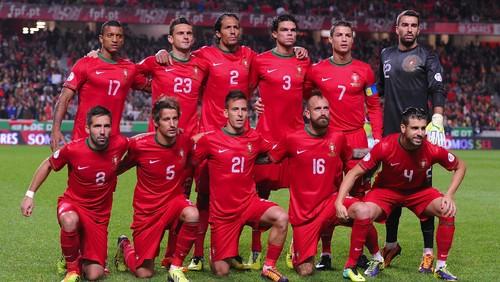 Fonte: http://boasnoticias.pt/noticias_FIFA-Sele%C3%A7%C3%A3o-portuguesa-sobe-ao-top-3-do-mundo_19350.html