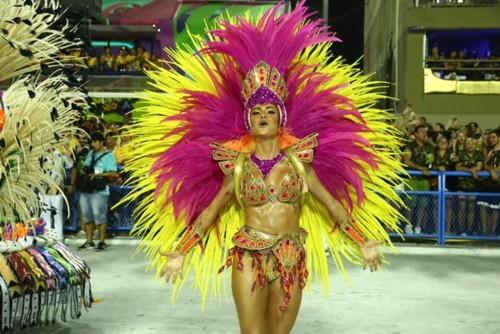 Thayla Ayala (Carnaval Rio 2018).jpg