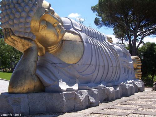 Jardim Buddha Eden - Estátua gigante deitada (Cab