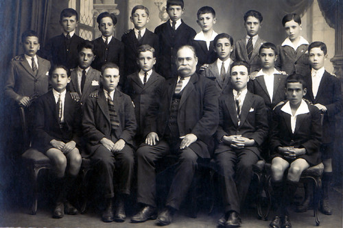 Prof Joaquim Gomes e seus alunos da Escola do Adro- Matosinhos