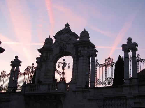 Budapeste - Palácio Real: portão do Escadório Habsburgo