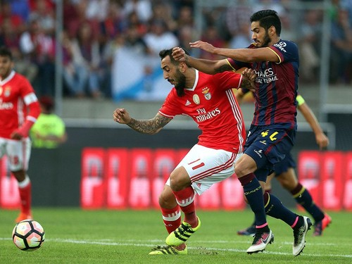 Benfica_Chaves_Mitroglou.jpg