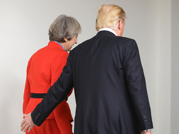 Trump e May.png