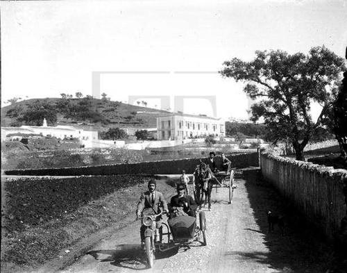 Fotografia sem legenda, [Algarve?] (A.N.T.T., «Oséculo». J. Benoliel, cx. F, L. 3, neg. 13)