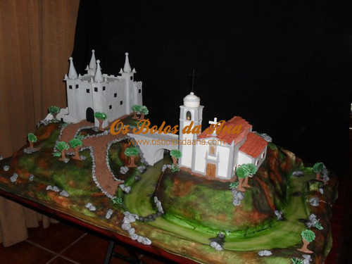Bolo de Casamento 3D - Igreja e Castelo