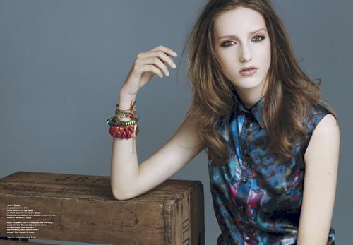 Iris Berger modelo loira holandesa 19 anos a trabalhar na alemanha