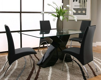 Mesa de vidro cadeiras pretas pé de inox