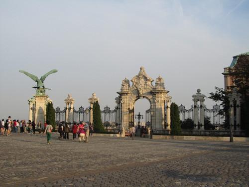 Budapeste - Palácio Real: Porta do Escadório Habsburgo