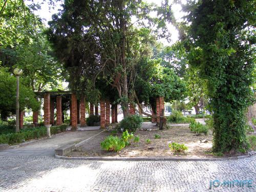 Jardim da Marinha Grande (5) Cobertura com sombra [en] Garden of Marinha Grande in Portugal - Cover with shadow