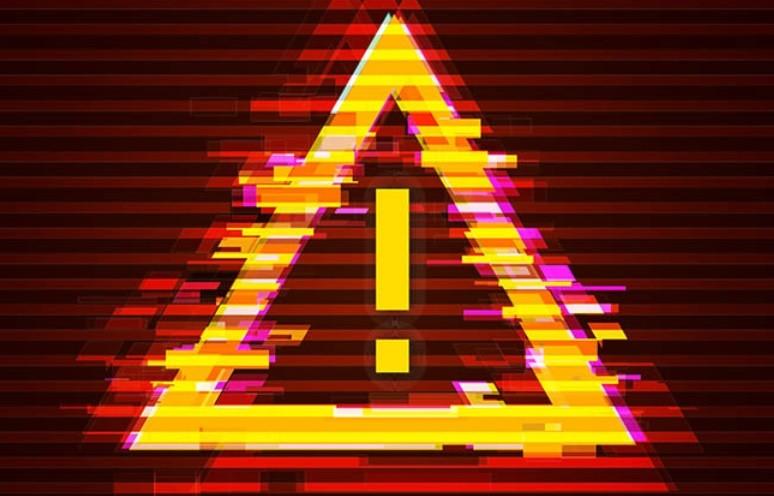 TrianguloSinalPerigoDesfocado.jpg
