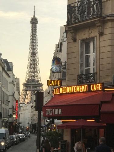 Primeira Casa da Rua by Nuno Matos Cabral em Paris