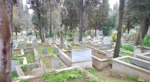 Karacaahmet-Cemetery-entre-os-maiores-cemiterios-d