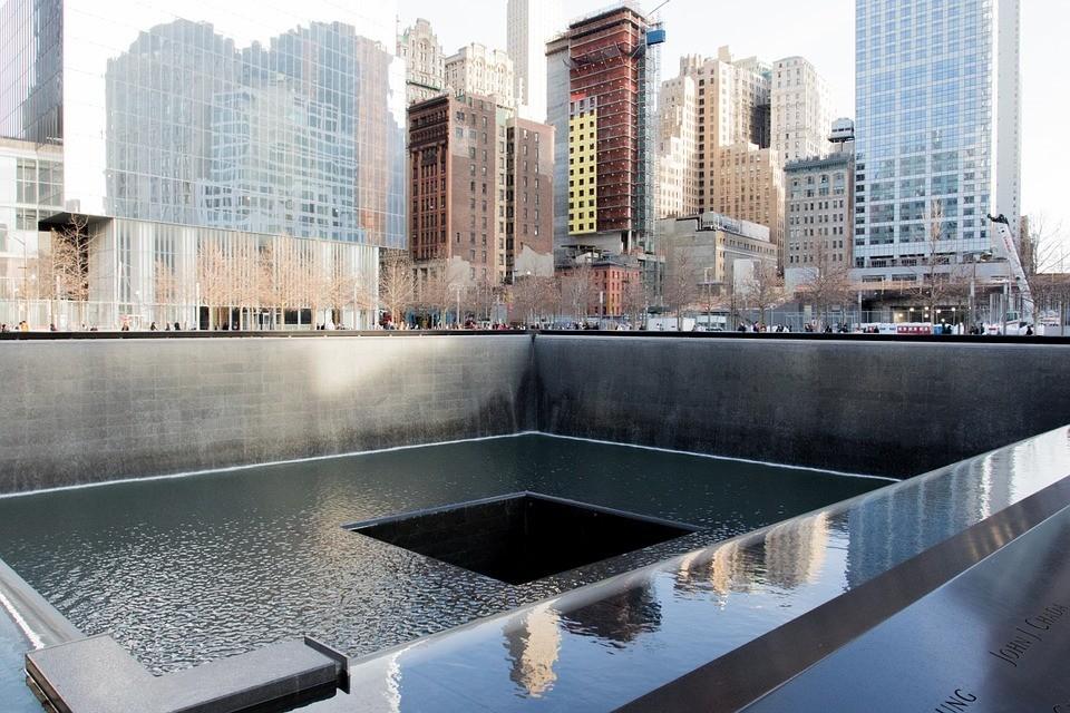memorial-863327_960_720.jpg