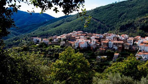 fotos_37742_loriga_portugal_aldeia_da_cabeca.jpg
