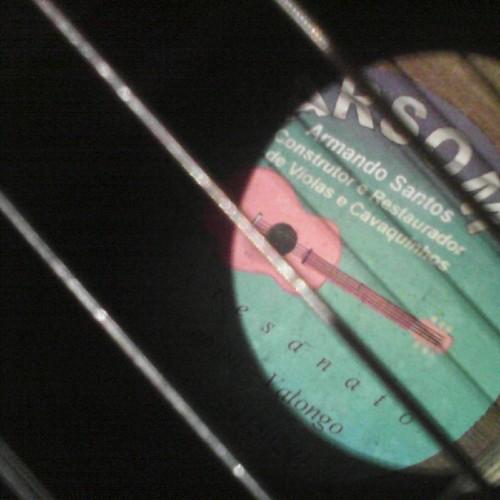 Arsom foi a primeira guitarra acustica do Vasco