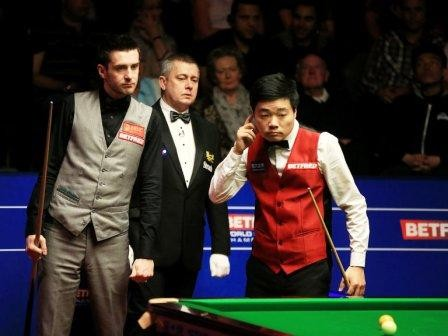 mark-selby-takes-control-of-snooker-world-champion