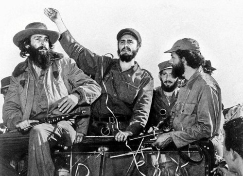 Camilo-Cienfuegos-Fidel-Castro-y-Huber-Matos[1].jp