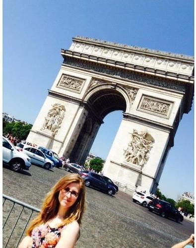 eu em Paris.jpg