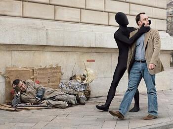 homem-ignorando-mendigo.jpg