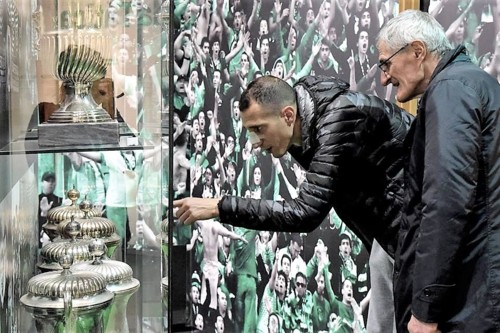 Petrovic no SportingMuseu.jpg