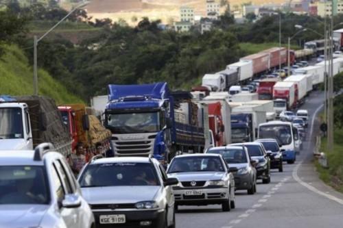 greve_caminhao-e1527244008772.jpg
