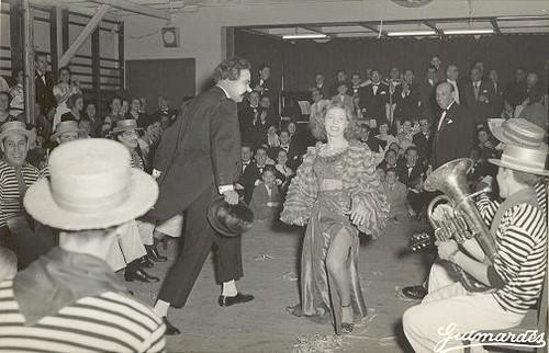 Nelson Camacho em 1954 no Carnaval no Lisboa Ginasio Clube