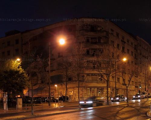 Av. Almirante Reis, 233, Lisboa -- (c) 2013 (N.º 5 502)