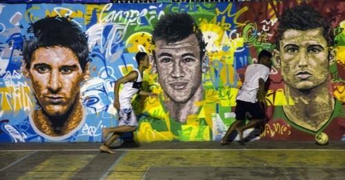 Lionel-Messi-Neymar-Cristiano-Ronaldo-700x367.jpg