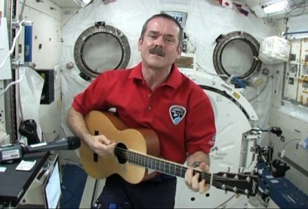 Chris_Hadfield-e1433441586848.jpg