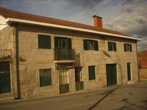 Casa com inscrição 1708(?) - Castelões de Cepeda