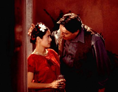Frida-2002-Frida-Kahlo-biopic-Salma-Hayek-10.jpg