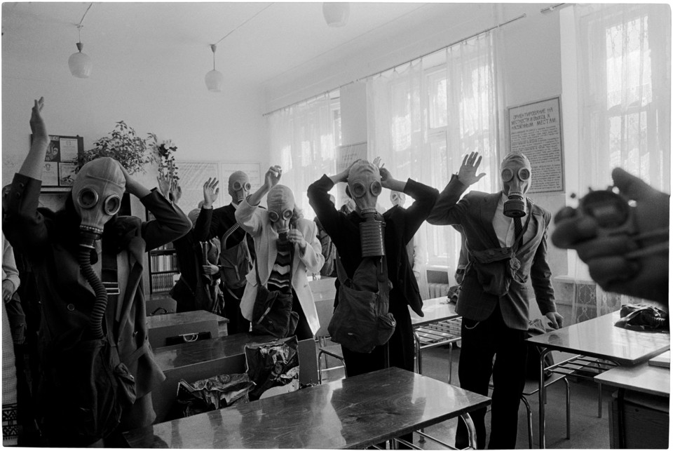 Civil Defence Drill, Magnitogorsk 1998 © Jason Es