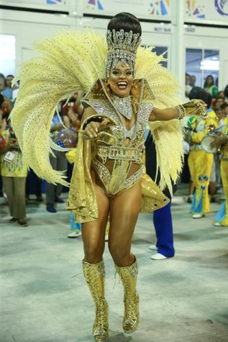 Juliana Alves (Carnaval Rio 2017).jpg
