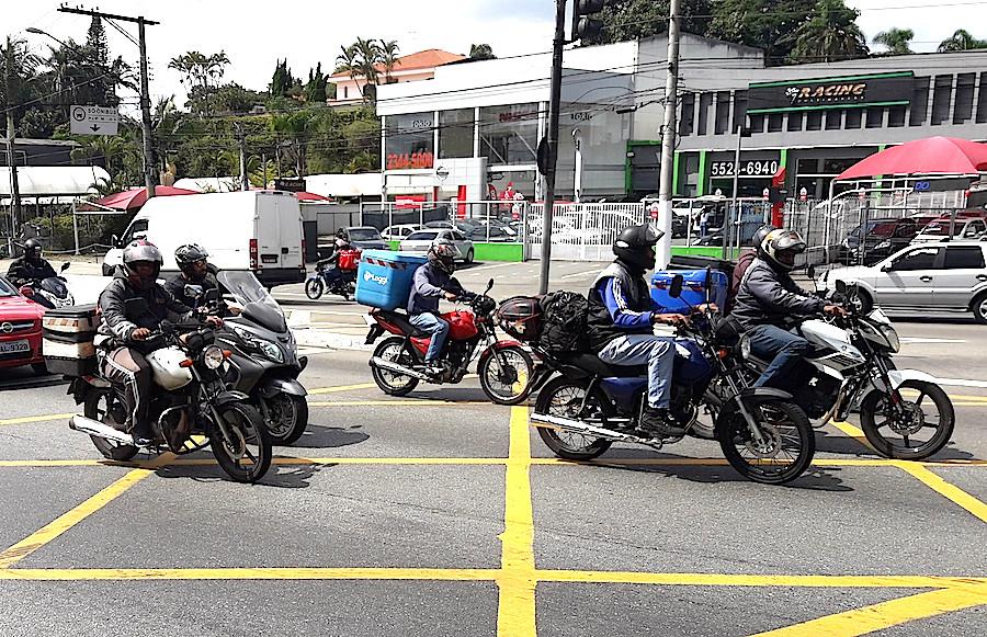 Motobo1_1.jpg