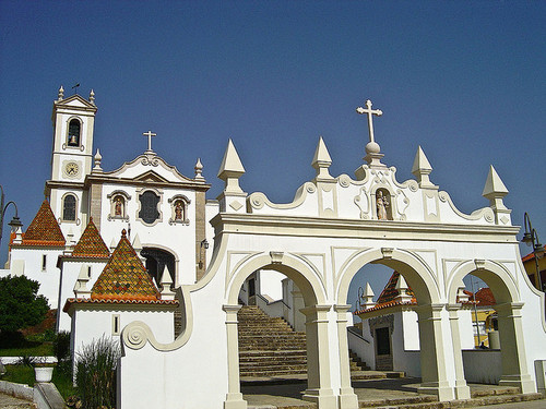 Santuário antoniano dos Olivais.jpg