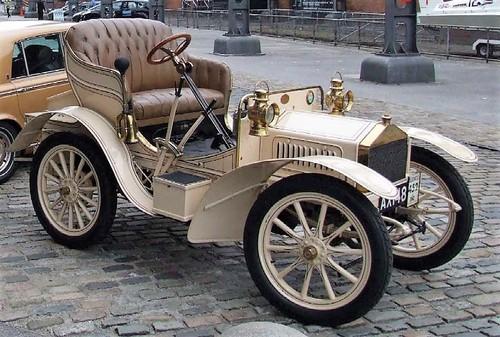 1904-Rolls-Royce-10-HP.jpg
